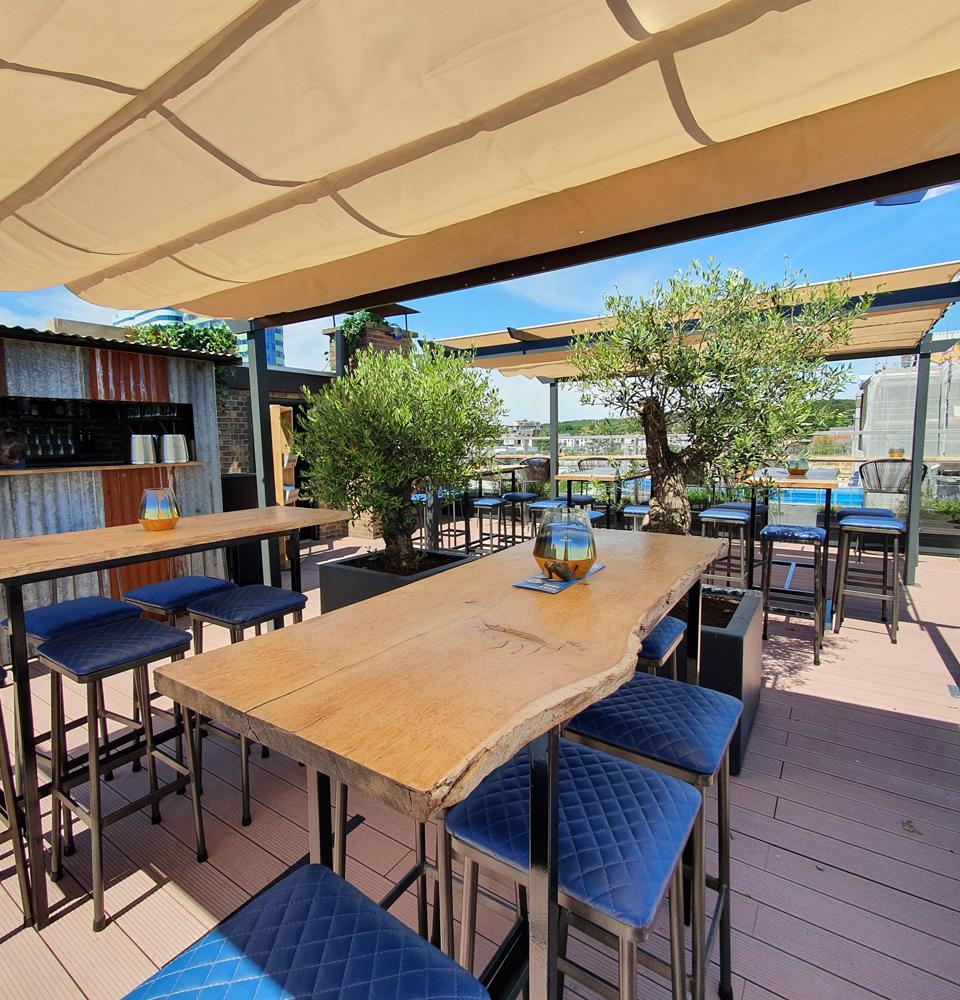 BLOU Rooftop Bar  - Hotel Haarhuis (3).jpg