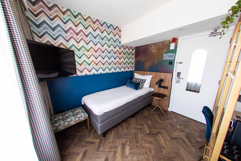 Economy eenpersoonskamer -  Hotel Haarhuis (1).jpg