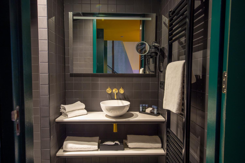 Loft Hotel Haarhuis - badkamer (1).jpg